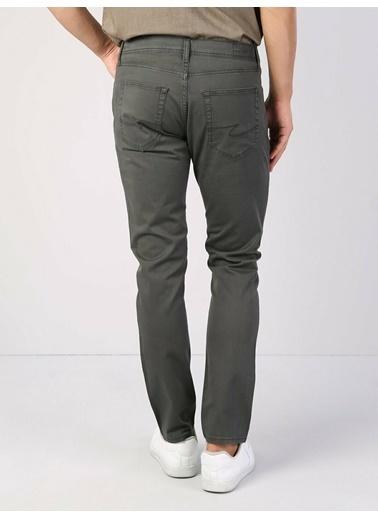 Colin's Colıns 1017495 Normal Bel Düz Paça Pamuklu Slim Fit Koyu Erkek Pantolon Haki